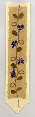 Segnalibro  in carta naturale e fiori pressati