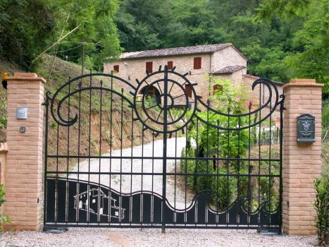 Cancello mod. molino (Volterra)